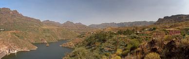 2010-06-01_Mirador-de-Sorrueda-Panorama1.jpg